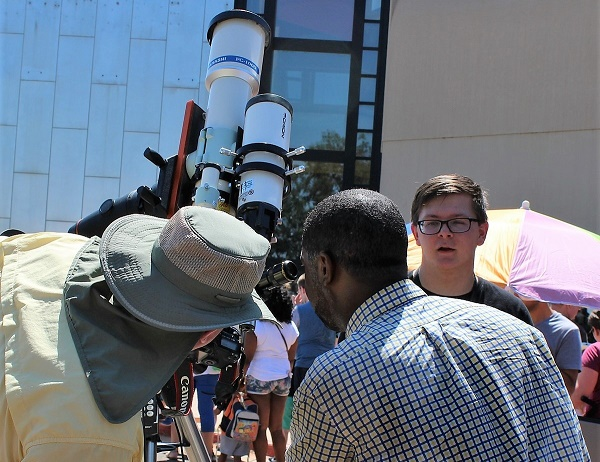 Telescope lessons at Science Museum Oklahoma